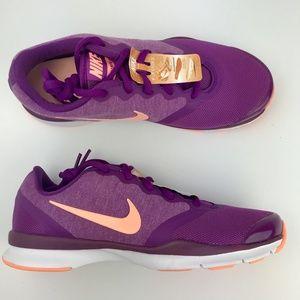 Nike Size 6 Women in season TR shoes Purple Peach